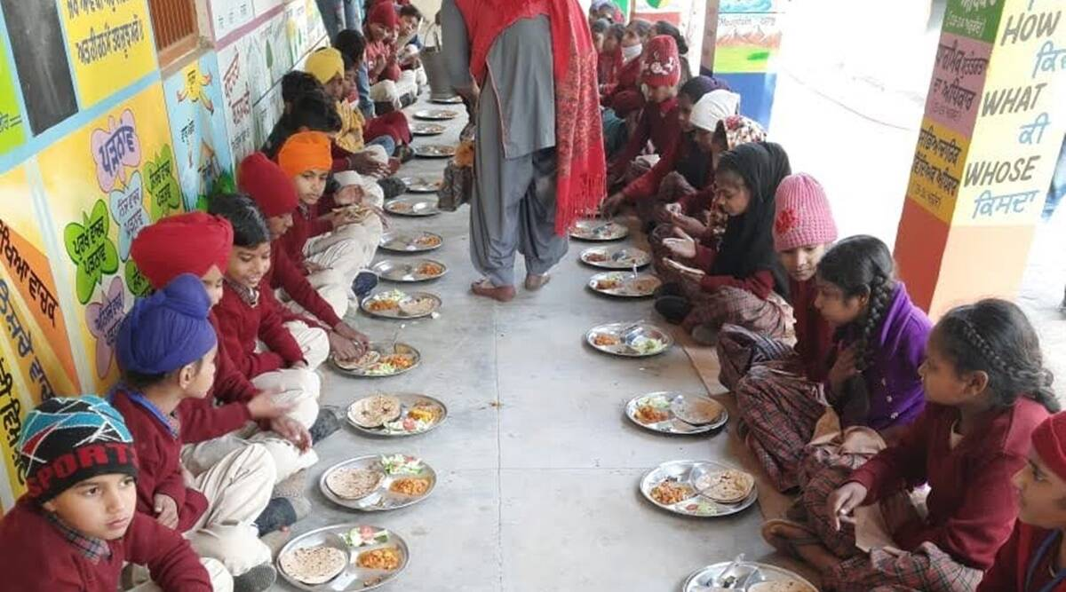 mid day meal scheme, DBT scheme, food for students, schemes for students, food schemes, PMGKAY, education ministry