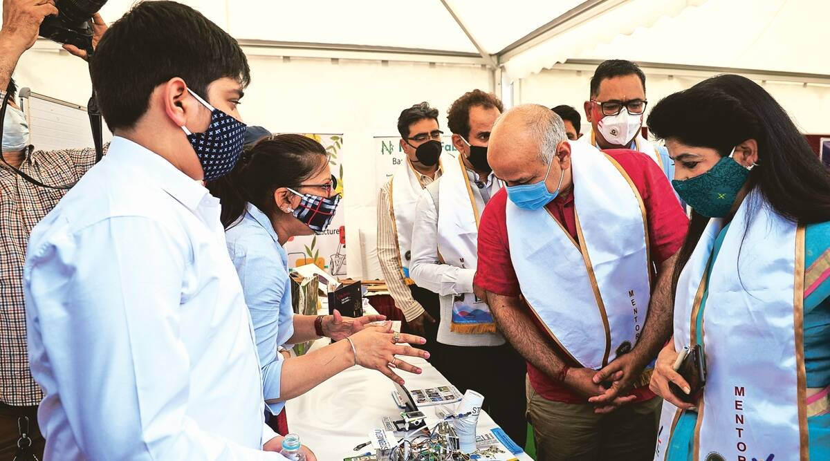 Delhi: 250 univ students to mentor over 1,000 girls in class XI, XII
