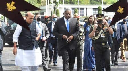 US Defence Secy meets Rajnath Singh for delegation level talks