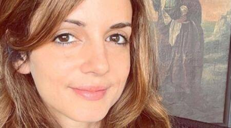 sussanne Khan fitness, Sussanne Khan stretching, Sussanne Khan news, Sussanne Khan pics, who is Sussanne Khan, indianexpress.com, fitness goals, fitness news bollywood, indianexpress,