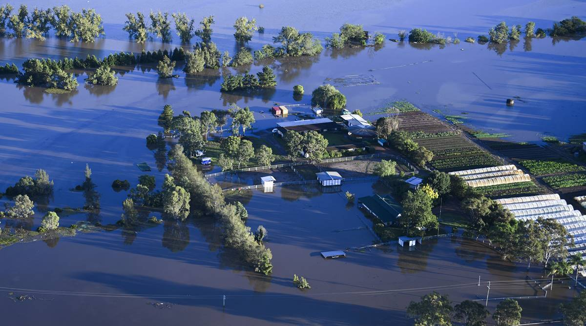 Noticieros Televisa: Australia continues to evacuate due to floods, a person dies