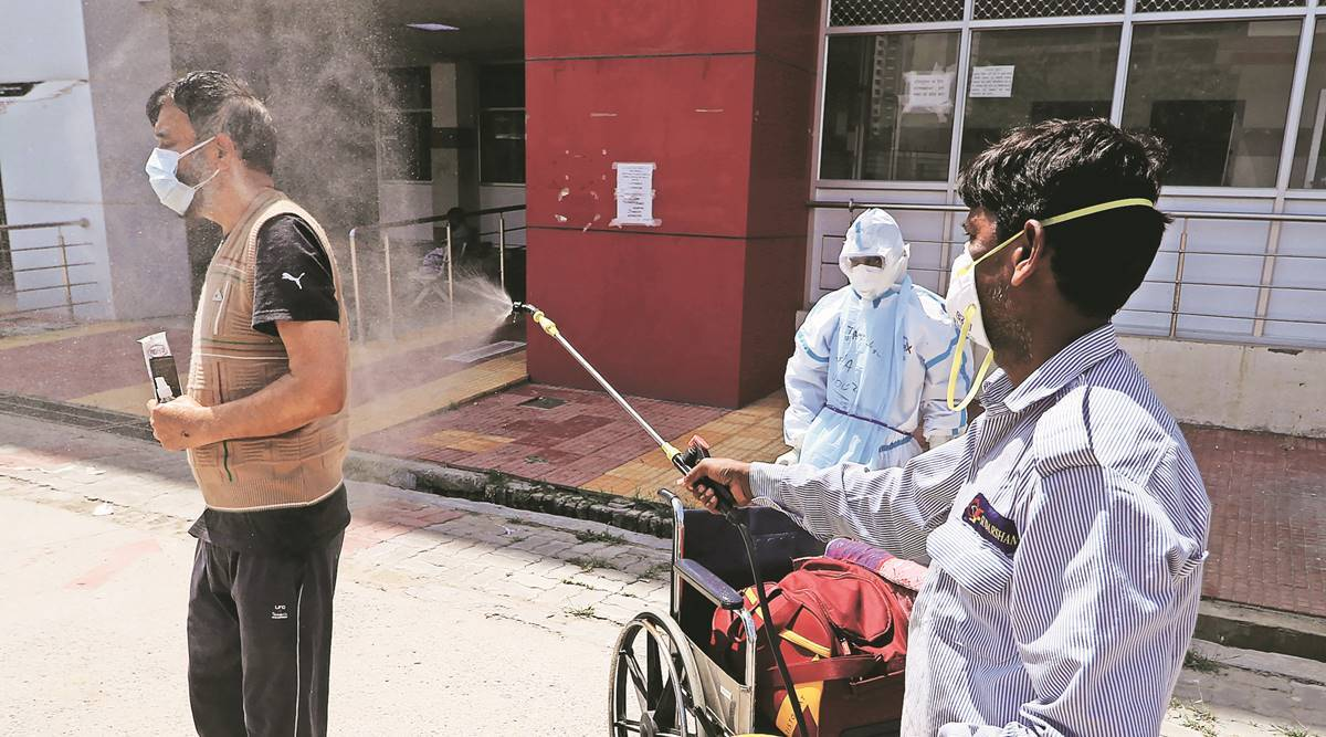 Uttar Pradesh, Covid-19 India Second Wave, coronavirus cases in Lucknow, UP coronavirus cases, Uttar Pradesh covid-19 cases, UP news, indian express