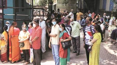 Covid vaccines, Mumbai, Mumbai coronavirus vaccine, Mumbai vaccine centres closed, Mumbai news, indian express