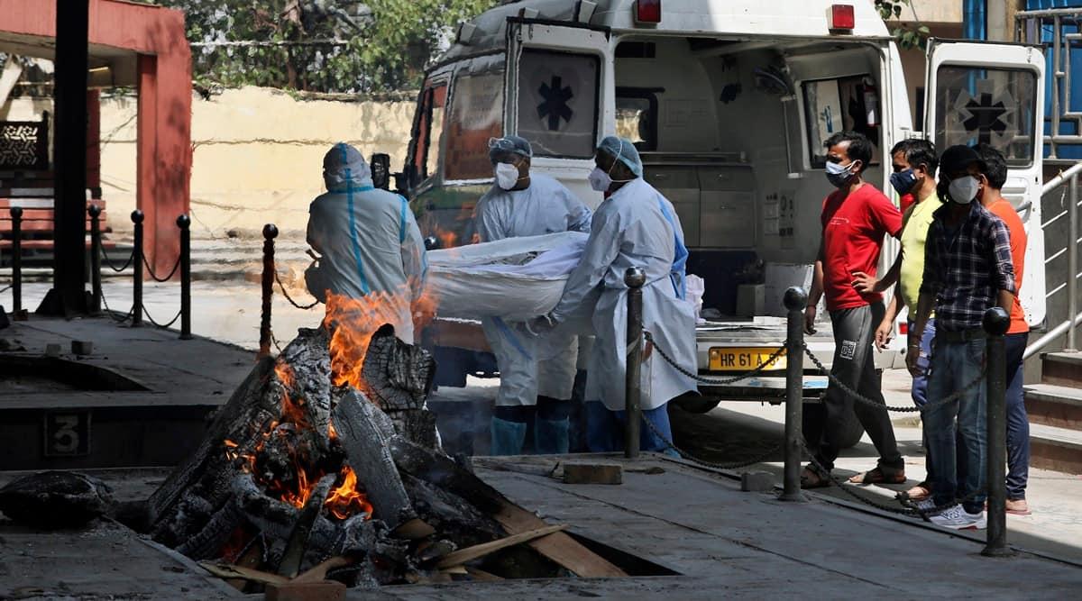 Delhi covid-19 cases, Delhi coronavirus cases, Delhi cremation ground, Ghazipur crematorium, Delhi news, indian express