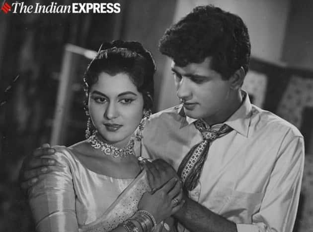 Film star Shashikala and Manoj Kumar in APNE HUYE PARAYE.