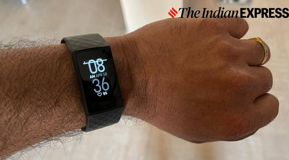 Fitbit Charge 4, Fitbit Charge 4 review, Fitbit Charge 4 price in india, Fitbit Charge 4 features, Fitbit Charge 4 specifications, Fitbit Charge 4 design, Fitbit Charge 4 price, Fitbit Charge 4 review, Fitbit Charge 4 performance, Fitbit Charge 4 watch, fitbit