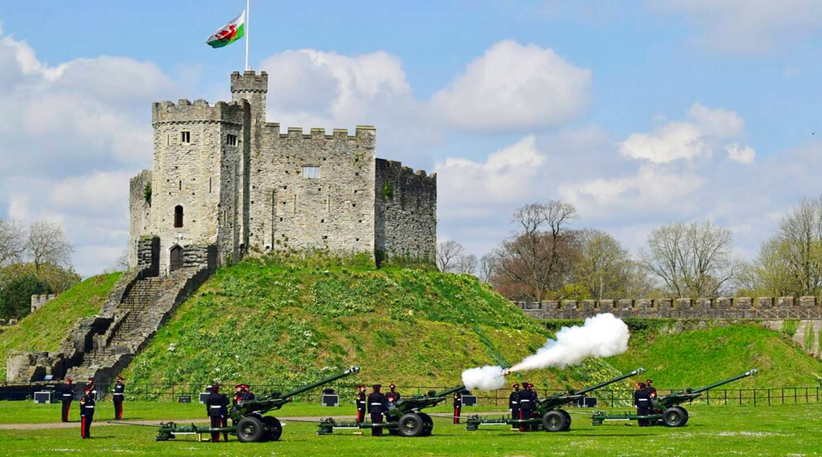 Watch: Gun salutes honour Prince Philip as UK enters eight-day mourning - The Indian Express