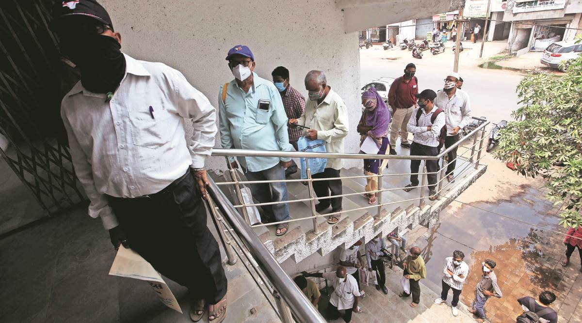 COVID-19, Covid-19 India Second Wave, Ahmedabad coronavirus cases, Ahmedabad covid-19 cases, Gujarat coronavirus cases, india news, indian express