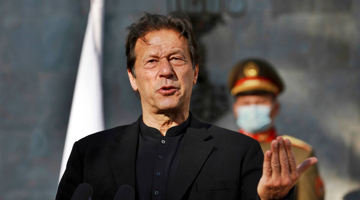 Imran Khan 'helpless' PM, says banned Pak journalist; underlines growing  'climate of fear' for scribes | World News,The Indian Express