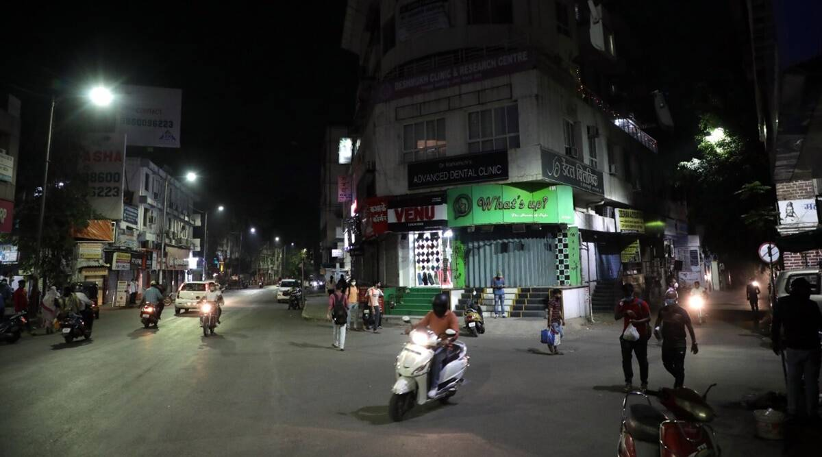 Longer night curfew in Pune, all non-essential shops shut