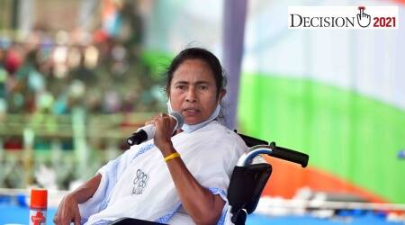 Mamata Banerjee stages dharna to protest against EC ban on campaigning for 24 hours