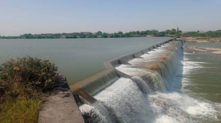To meet drinking water needs: 10 dams, 400 check-dams filled up in Saurashtra through SAUNI pipelines