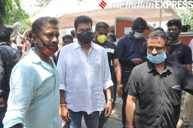 Shankar Shanmugham pays tribute to actor Vivek
