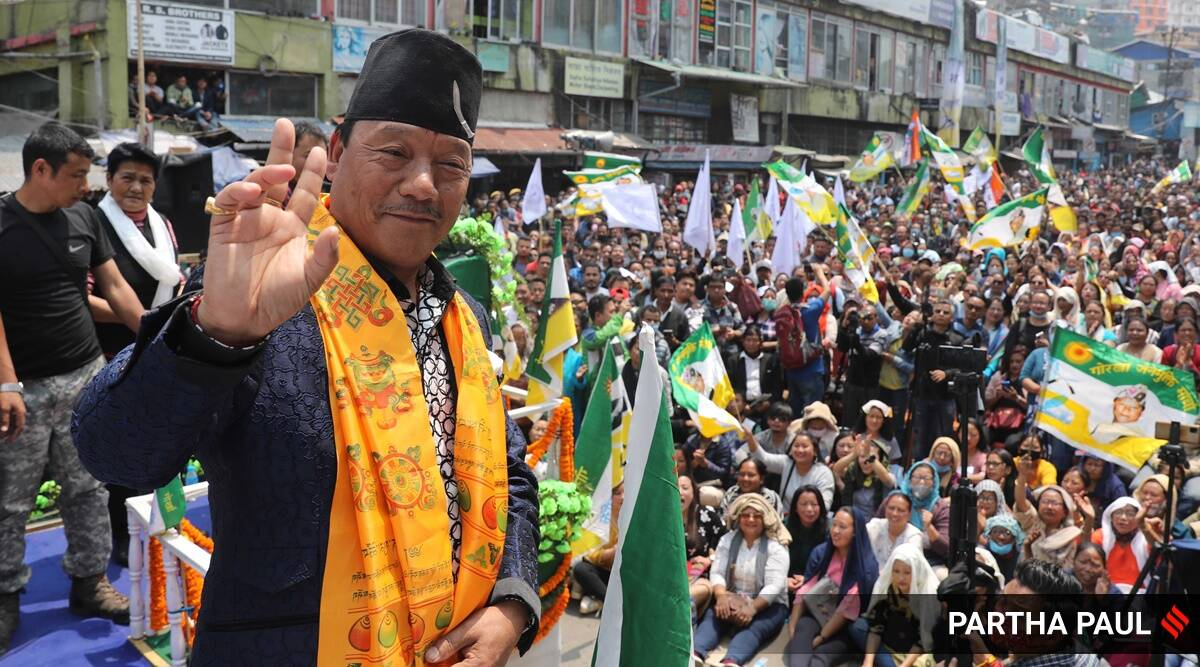 Darjeeling dilemma: Gorkhaland in hearts, but 'our bellies tied to tourism'
