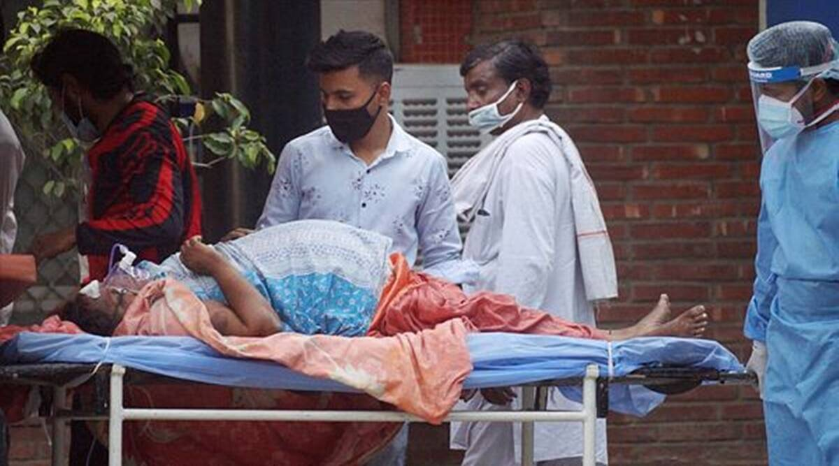 4th Covid wave in Delhi: High fever, early lung symptoms, younger patients in hospitals