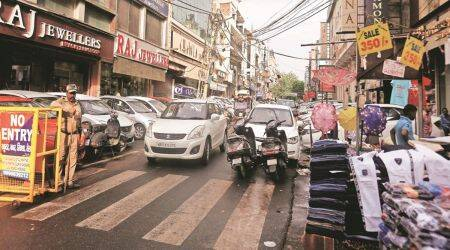 Karol Bagh, Karol Bagh news, Karol Bagh pedestrians, Karol Bagh shopping, North Delhi Municipal Corporation, delhi news, indian express