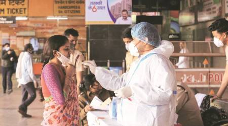 delhi coronavirus test, delhi covid-19 testing, delhi coronavirus testing at bus station, delhi covid testing at railway station, delhi news, india news, indian express