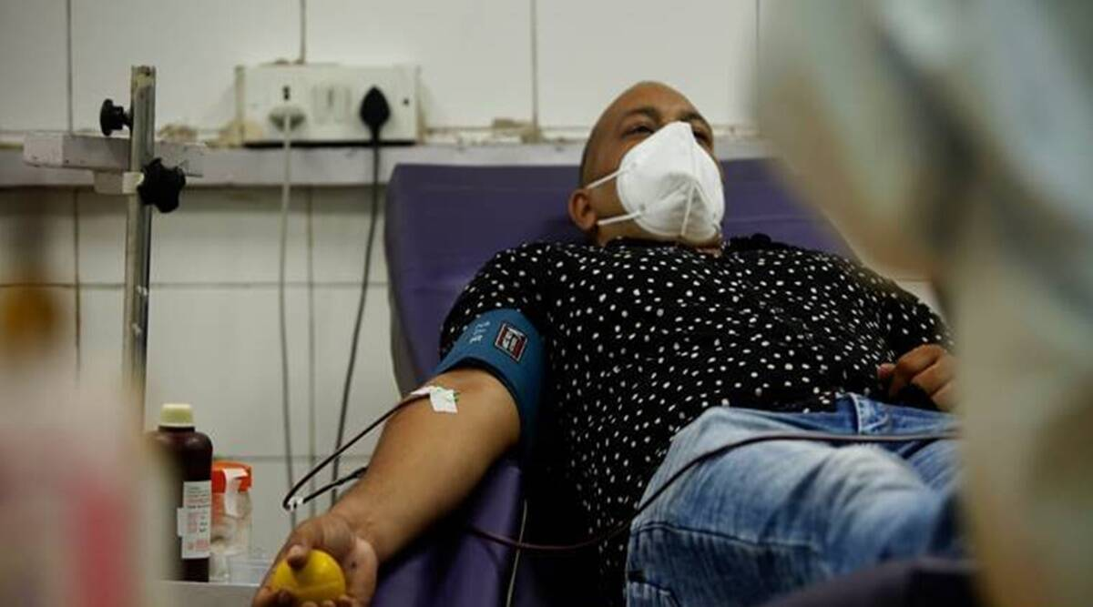 Blood banks, blood donors, Covid-19 India Second Wave, vaccination, pune covid-19 vaccine, pune coronavirus vaccination, india news, indian express