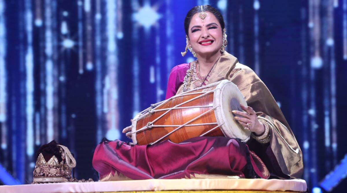 rekha, rekha indian idol, neha kakkar, neha kakkar, indian idol, rekha shaadi ka shagun, neha kakkar, indian express, indian express news