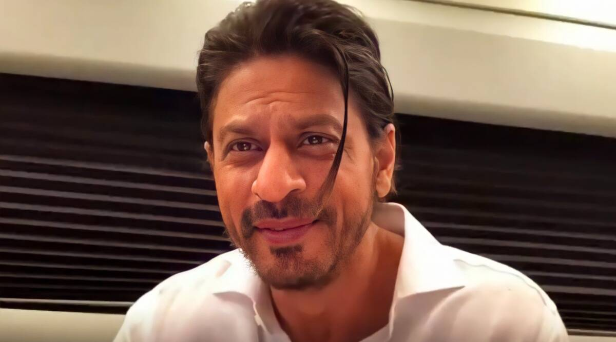 Shah Rukh Khan jokes he has no work, promises mother-to-be that he will  help choose name of her child. Watch | Entertainment News,The Indian Express