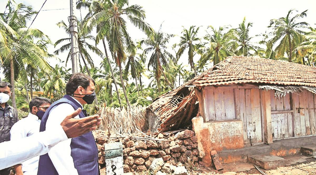 NDRF deployment in coastal dists would have saved lives: Fadnavis
