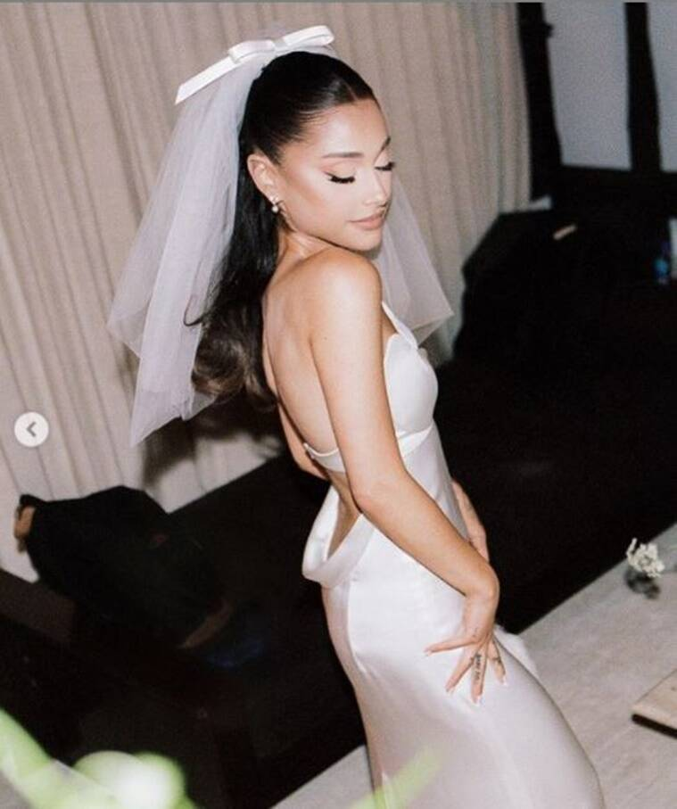 3 16 Ariana Grande looked ethereal on wedding day in a custom-made Vera Wang gown