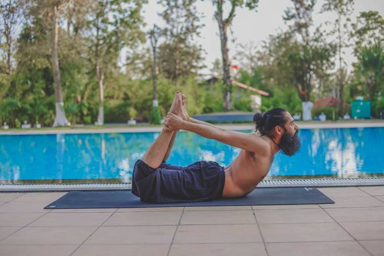 yoga asanas, yoga poses for lung healthy, how to keep lungs healthy, yoga asanas for health and immunity, yoga and health, pandemic, breathing techniques, indian express news