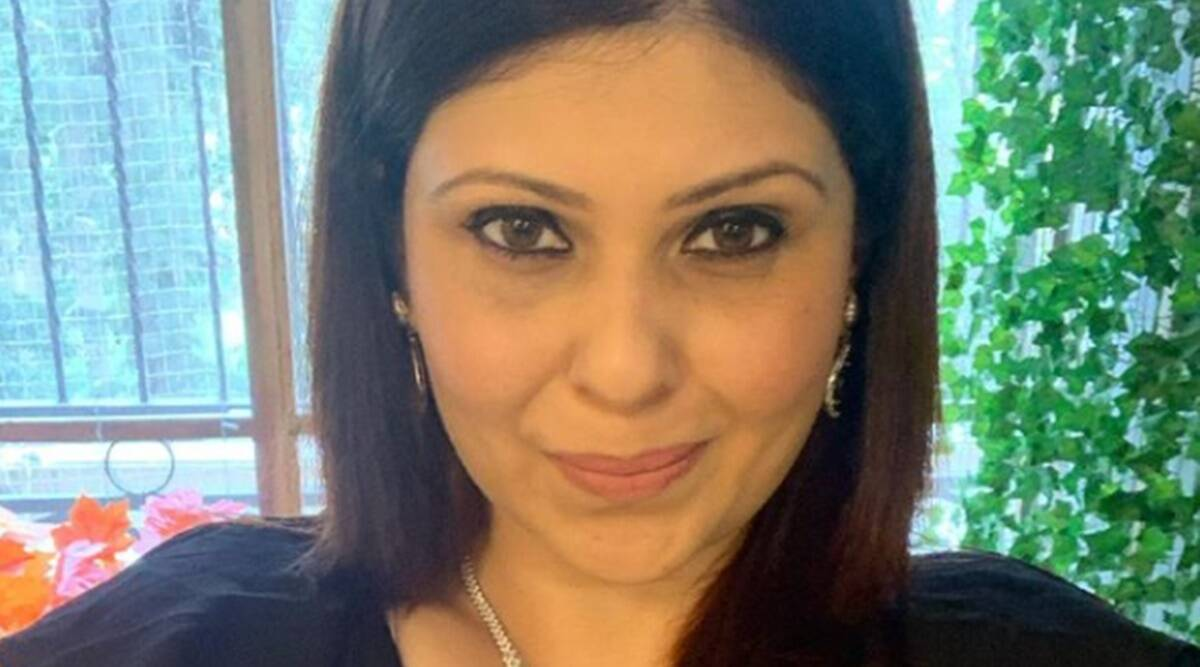 age is just a number, Dr Ria Banerjee Ankola, Dr Ria Banerjee Ankola news, what age should women stop wearing lipstick, age and stereotypes, indianexpress.com, indianexpress,