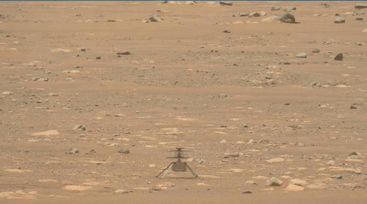 Mars helicopter gets extra month of flying as rover's scout thumbnail