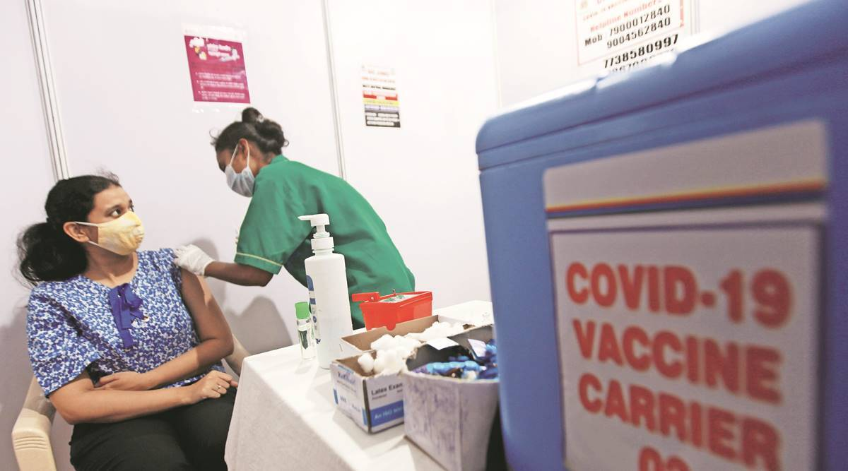 COVID-19, Covid-19 India Second Wave, late night bookings, CoWin app, covid-19 jab, coronavirus vaccine, mumbai news, indian express