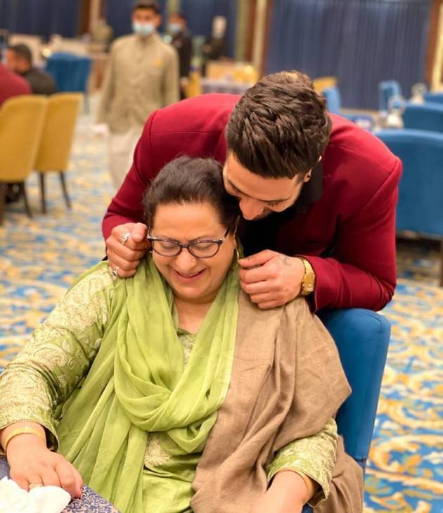 aly goni on mother's day