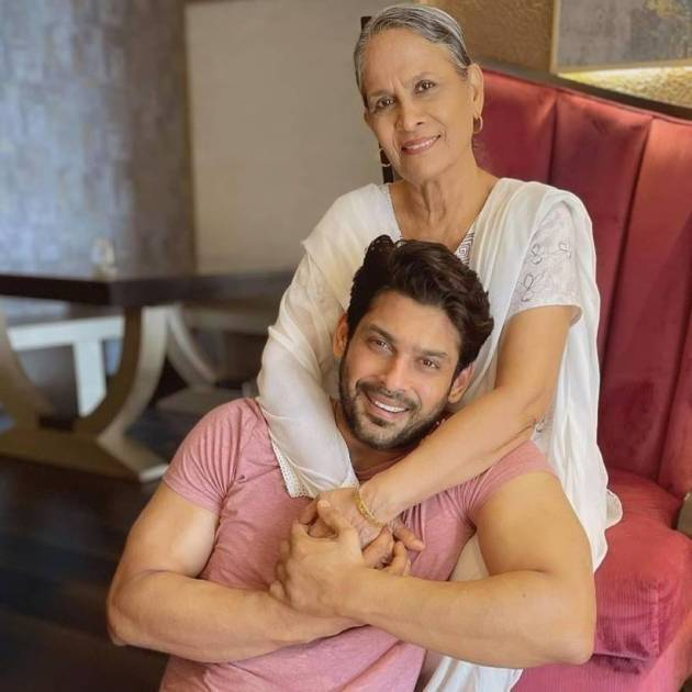 sidharth shukla on mother's day