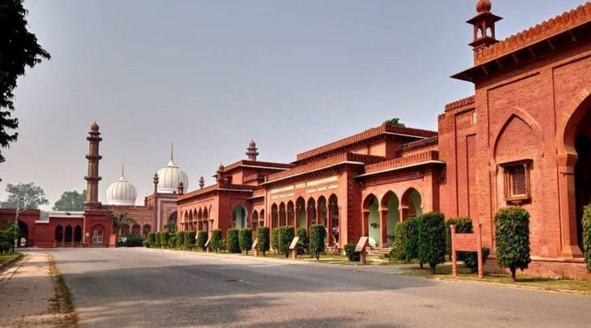 Alarmed by deaths of teachers, AMU VC writes to ICMR for study of COVID variant