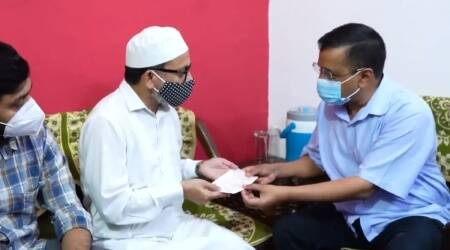 Kejriwal provides Rs 1 crore compensation to kin of doctor who died of Covid