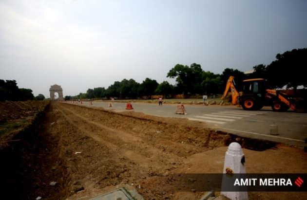 central vista project contruction India gate