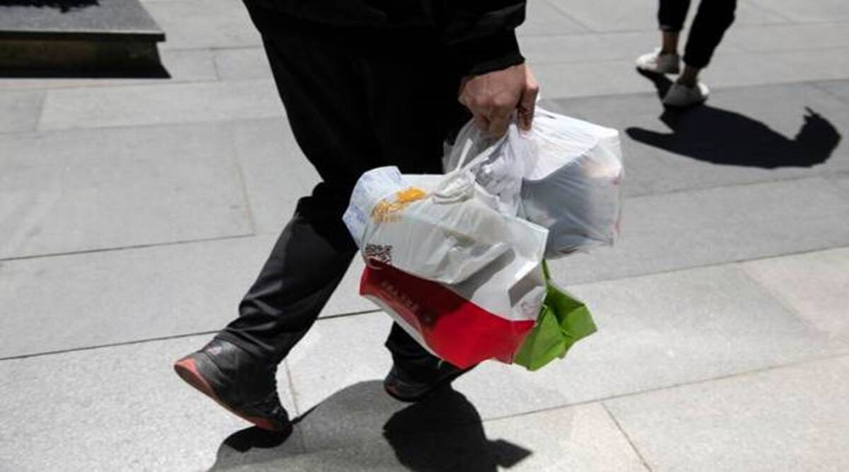 Plastic, takeout food, takeout food containers