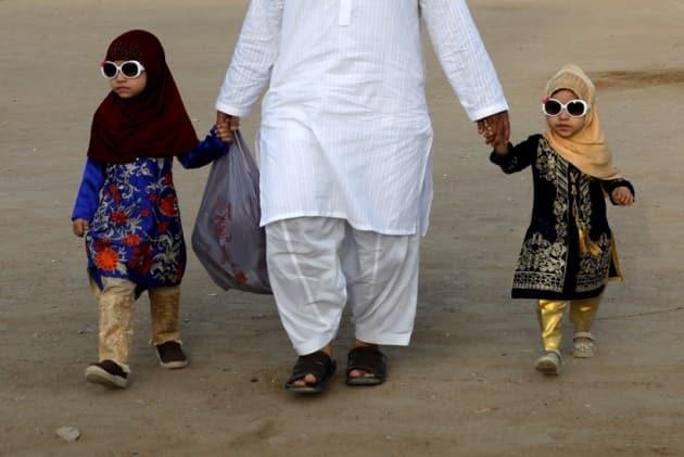 eid celebrations, world celebrates eid, eid mubarak, indianexpress.com, eid 2021