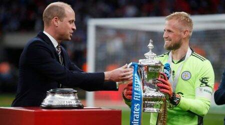 leicester city, leicester city vs chelsea, leicester city fa cup finals, Kasper Schmeichel