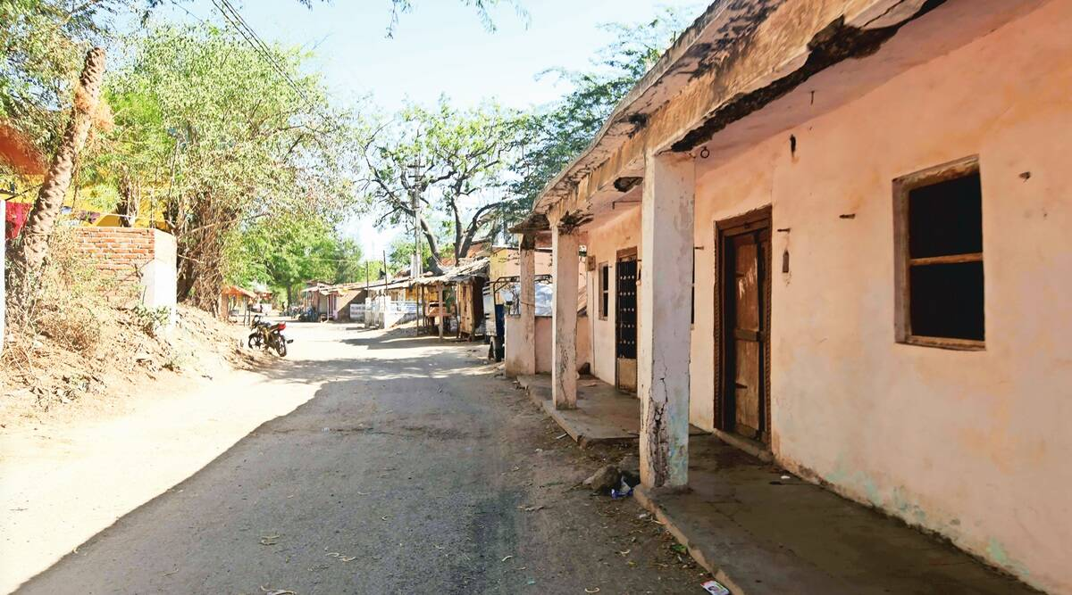 Chokari villagers stay indoors after 10 deaths within two days