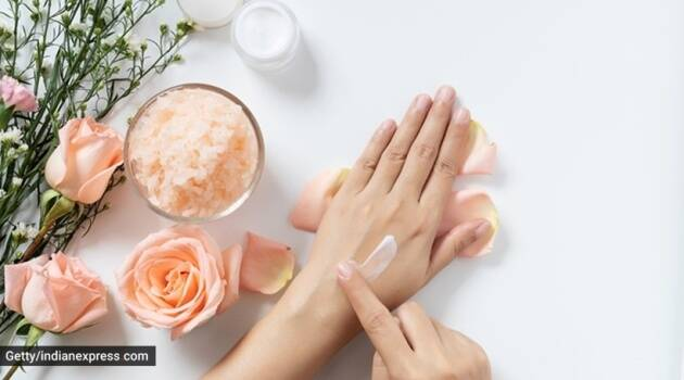 Curd benefits, curd for skin, how to use curd for skincare, how to use curd for haircare, haircare curd, indianexpress.com, indianexpress, curd types, sunburn curd, curd cleansing, dry skin benefits, skincare tips,