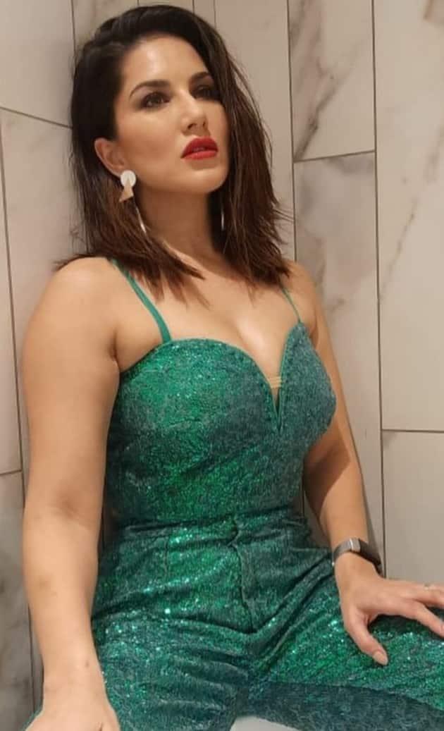 Sunny Leone, Sunny Leone birthday, Sunny Leone outfits, Sunny Leone's style, stylish, glamorous, everlasting beauty,Actor, producer, model,