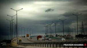 Delhi weather today, Delhi rains, Delhi weather, delhi AQI, delhi temperature, delhi news, IMD delhi forecast, Indian express