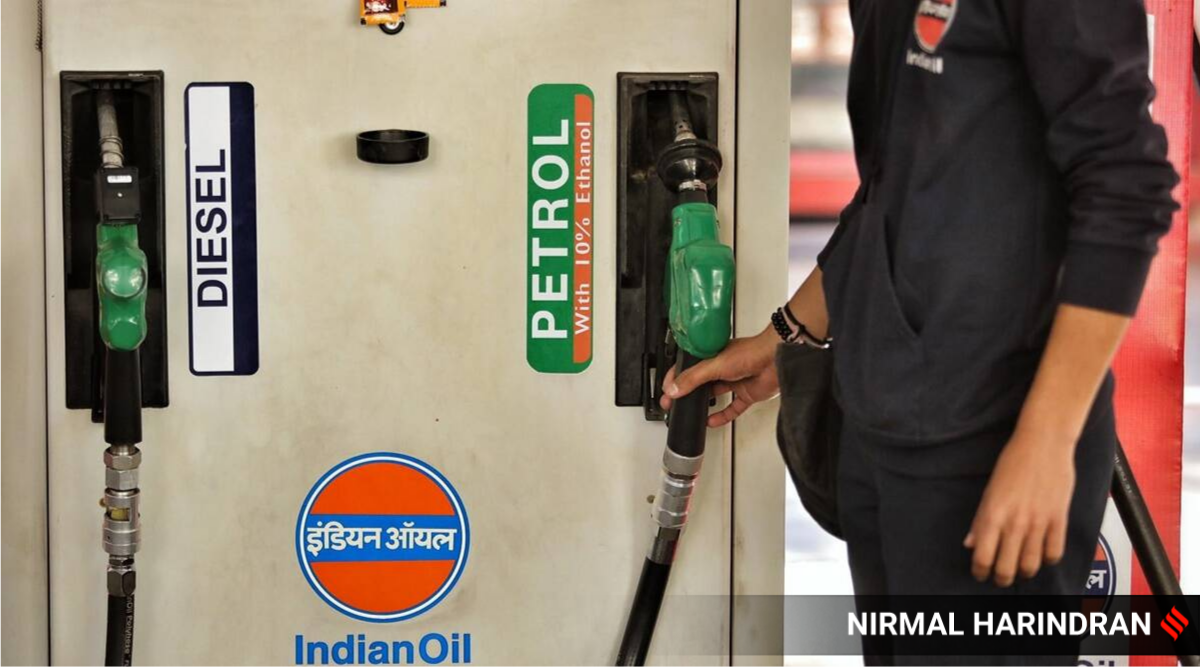 Congress holds protest at 36 locations against rising fuel prices