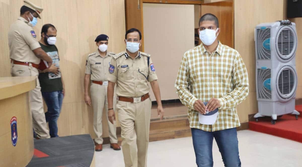Hyderabad techie returns from Pakistan, Pakistan Jail, Hyderabad techie pak jail, Pak govt, India-Pakistan, Vaindam Prasanth, India news, Indian express
