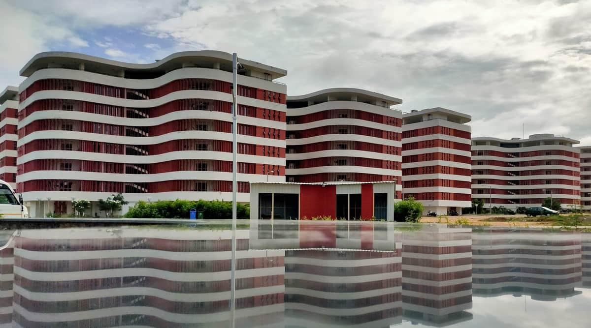 iit hyderabad, iit new courses, iit h new courses, online courses in IIT
