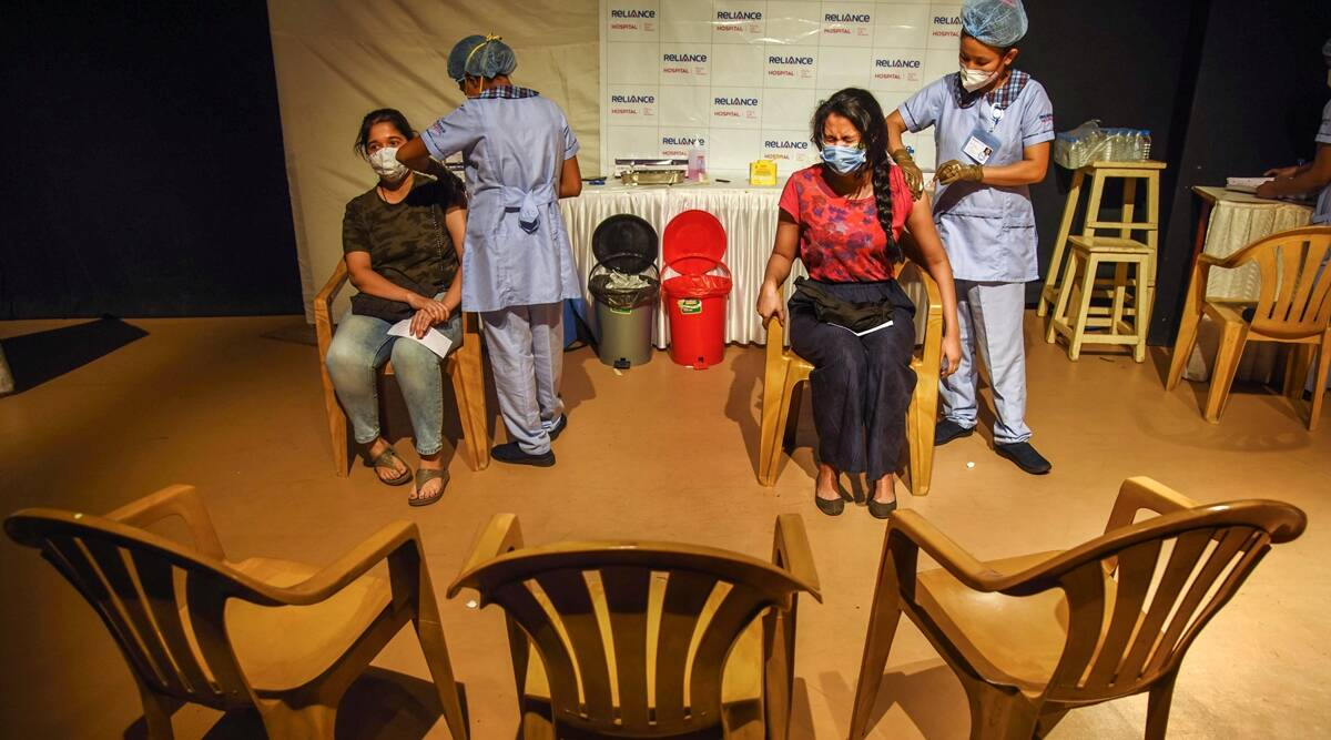 Mumbai: Pvt hospitals warned not to publicise political parties, leaders at vaccine camps