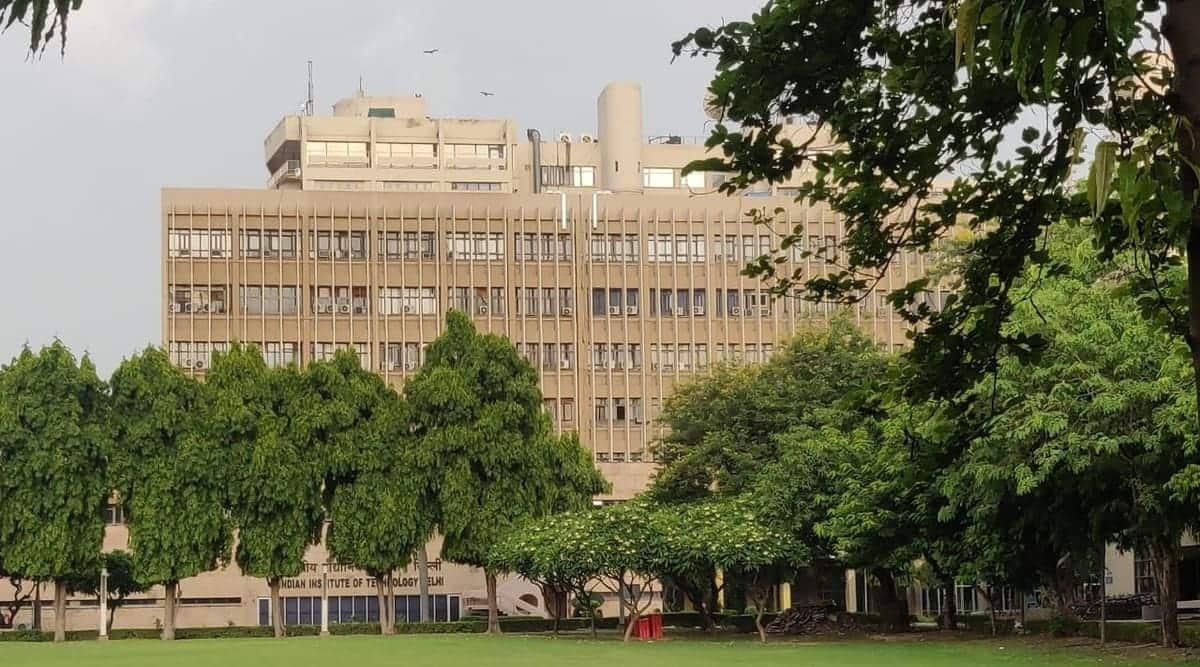 IIT Delhi, faculty post vacant, no directors in IITs