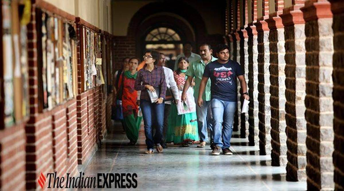 Gender divide closes further: As many women as men for BCom