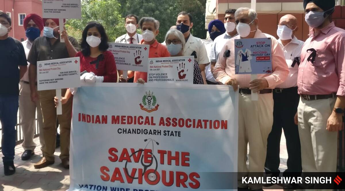 Doctors join IMA's nationwide protest over violence against healthcare professionals