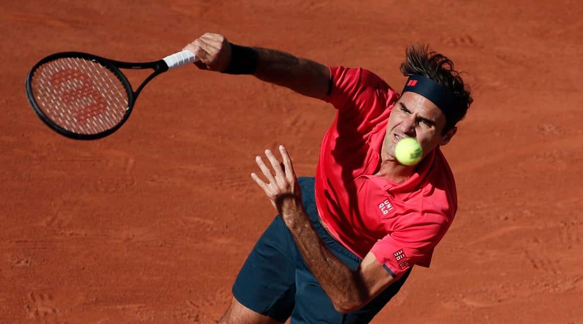 Roger Federer wins on return to Paris, Slam action